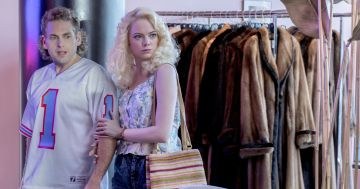 "Jonah Hill e Emma Stone em ""Maniac"""